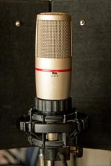 Großmembran Mikrofon im Tonstudio