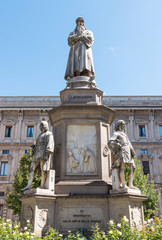 Statue of Leonardo Da Vinci in Scala piazza Milan, Italy.