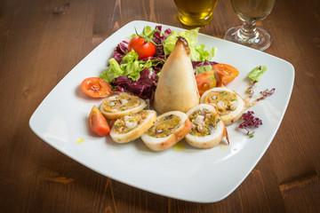 Calamari ripieni, cucina italiana