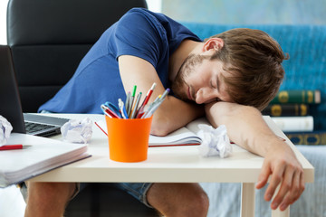 Student sleeps after learning