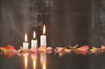 Kerzen, Blütenblätter