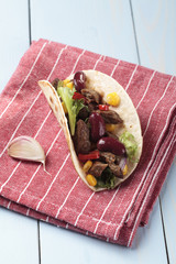 taco with beef and vegetables