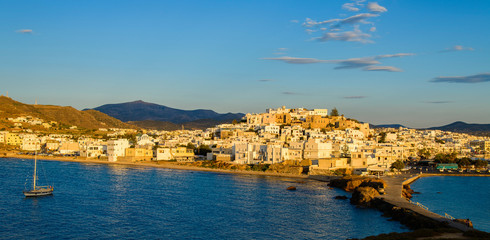 Le port de Chora à Naxos
