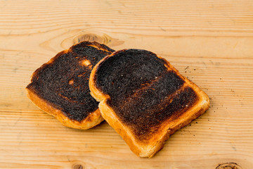 Verbrannte Toast Brotscheiben