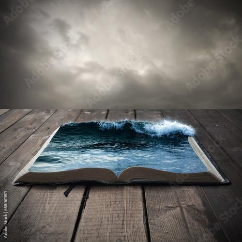 Fototapeta Ocean on an open book