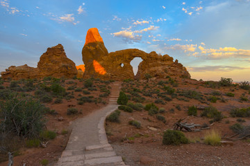 Trail to Turret Arch