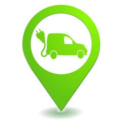 voiture utilitaire électrique sur symbole localisation vert