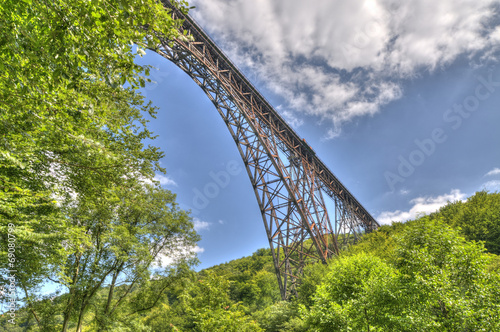 canvas print picture Bogenbrücke aus Stahl