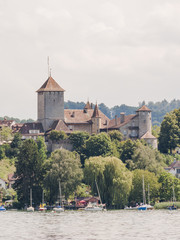 Murten, Altstadt, historisches Schloss, Murtensee, Schweiz