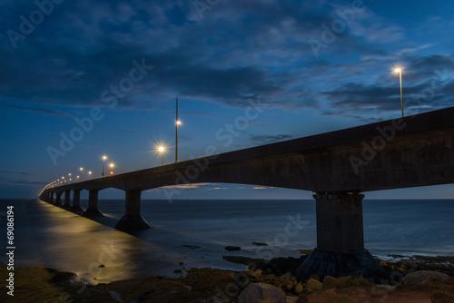 Papiers peints Pont Confederation Bridge at night