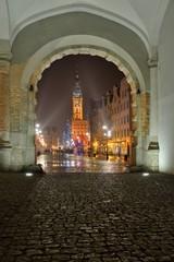 Gdańsk, polska, widok na stare miasto, w tle ratusz