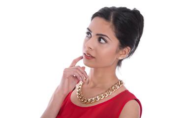 Entscheidung: Nachdenkliche indische Frau in Rot