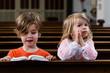 Leinwandbild Motiv Kinder in der Kirche