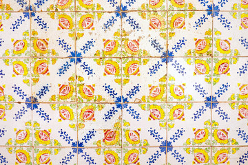Dirty old traditionell tiles