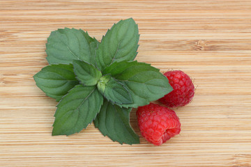 Mint and raspberry