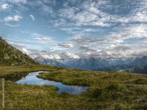 canvas print picture See im Hochgebirge in HDR