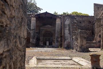Ruinen einer Villa an der Via del vesuvio - Pompeji