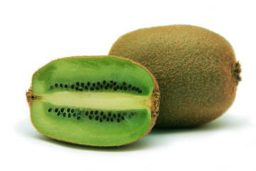 A whole and a halved kiwi fruit
