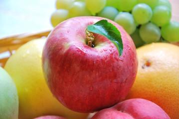 リンゴと果物
