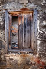 Ventana de madera vieja