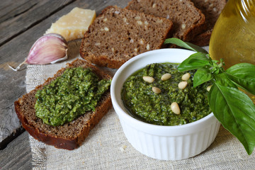 Italian pesto sauce and rye toast