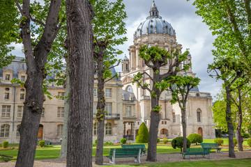 Paris : hôpital du Val-de-Grâce