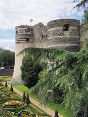 jardin au pied du château