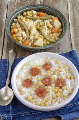 Chickpea stew with rice
