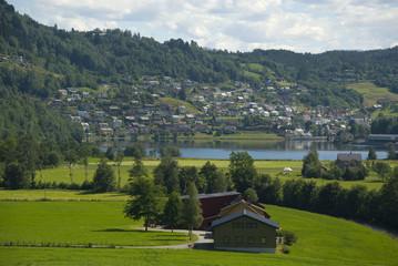 landschaft bei norheimsund, norwegen