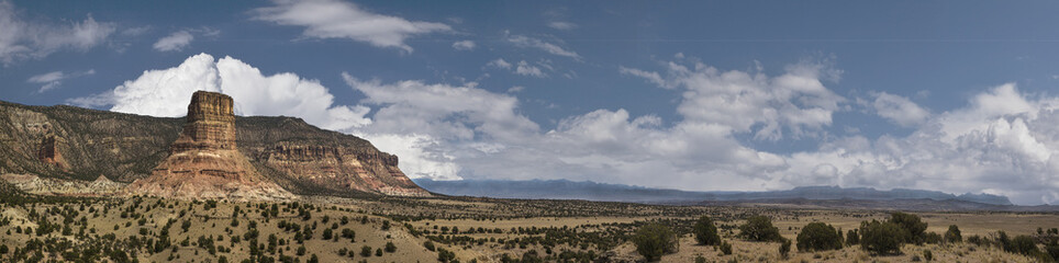 Panoramic of Utah's San Rafael Swell at Chimney Rock
