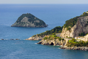 Golfo di Bergeggi - Isola e grotte marine