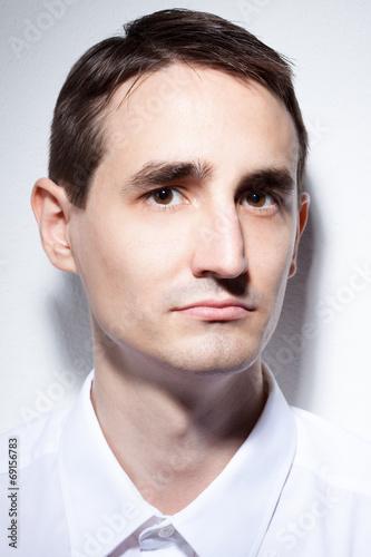 canvas print picture männliches Model vor weißem Hintergrund
