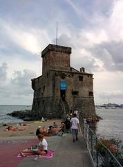 Il castello sulle onde