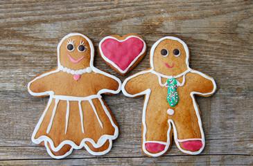 Pfefferkuchenpaar mit Herz