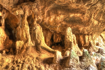 Caves in Australia