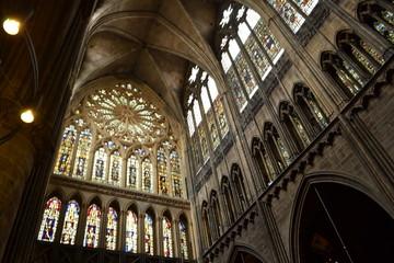 Gotische cathedraal interieur in  Metz (Fr)