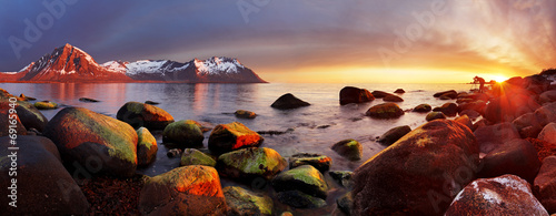 In de dag Kust Ocean coast at sunset, panorama, Norway