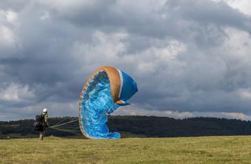 parapente:gonflage de la voile