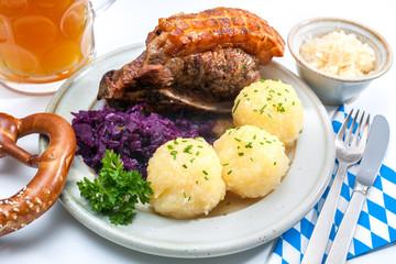 Bayerisches Essen. Schäufele