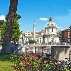 Roma, Colonna Traiana e Chiesa del SS. nome di Maria