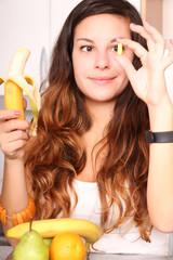 Obst oder Vitaminkapsel