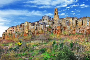 Pitigliano - pictorial medeival town of Tuscany, Italy