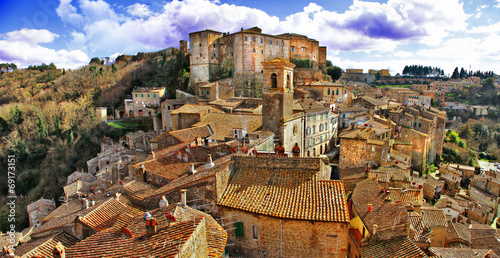 Aluminium Fyle Picturesque medieval village Sorano, Grosseto, Tuscany, Italy