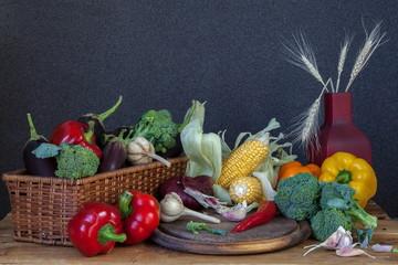 Натюрморт с летними овощами