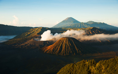 Bromo, an active volcano in Indonesia, Javas ilsand