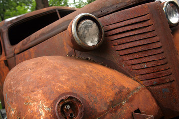 car,rusty,old