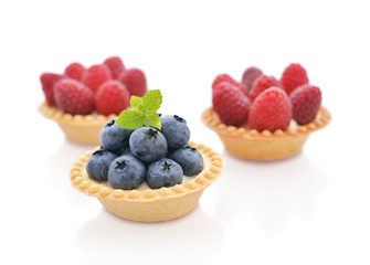 Tart with fresh berry