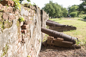 Walls of ancient cannon