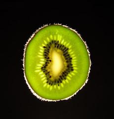 kiwi in controluce