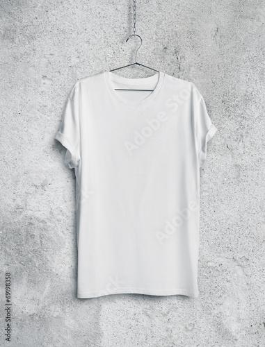 white t-shirt - 69198358